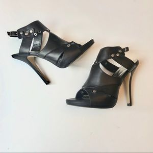 Bakers Black Leather Stilettos Heels Size 6M